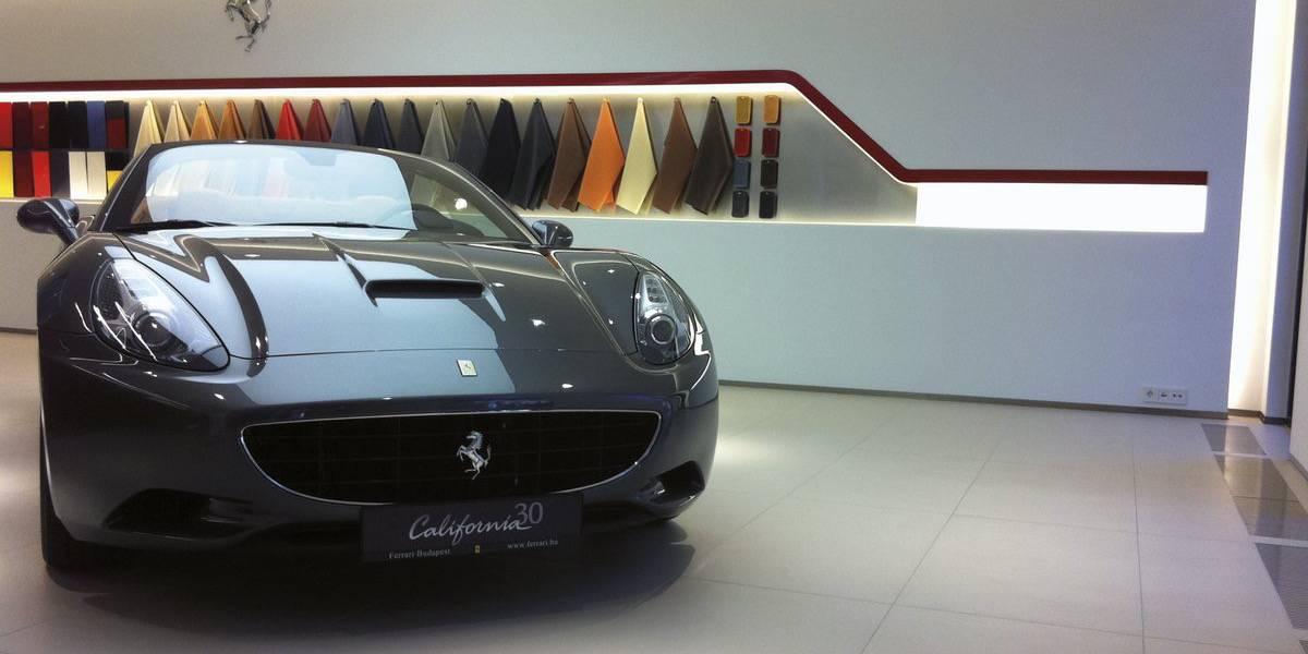 Motors - FERRARI SHOWROOM